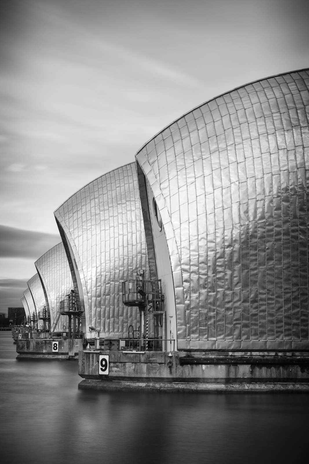 Read more about the article Photographing The Thames Barrier